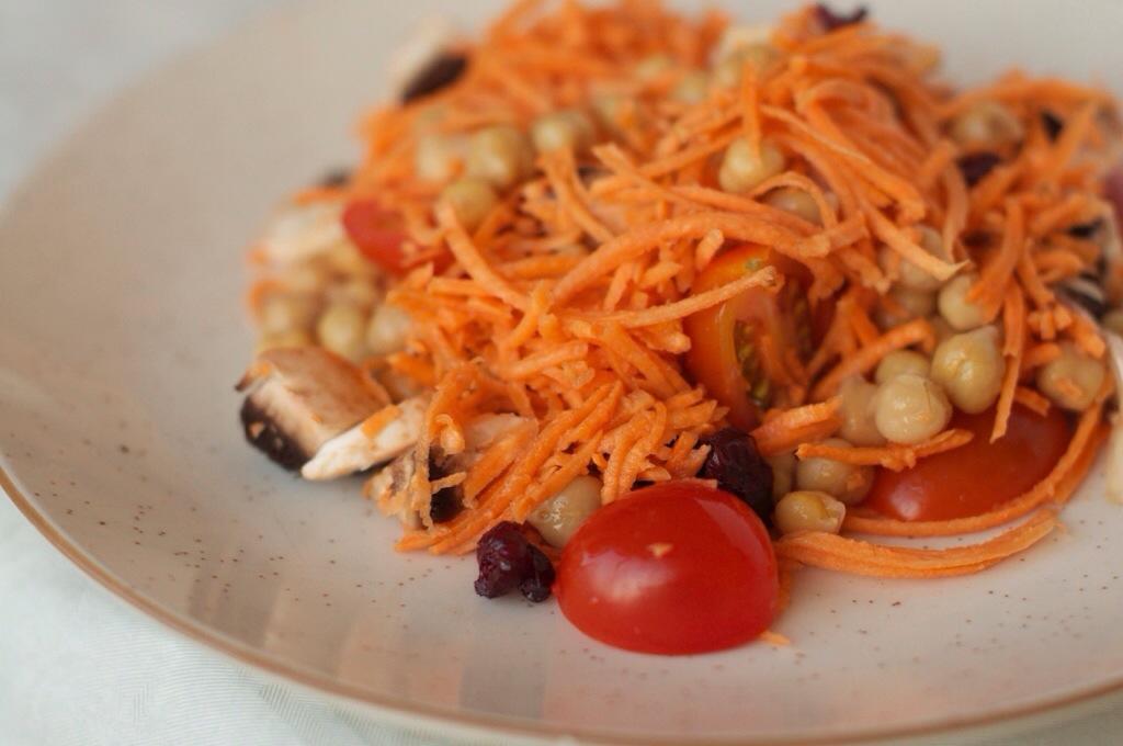 Ma salade de patate douce crue et pois chiche