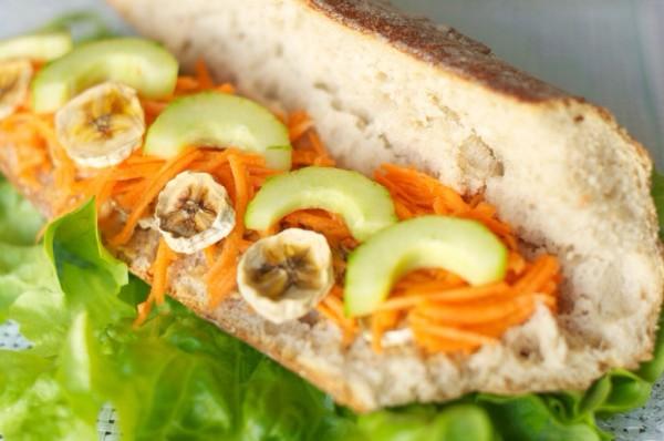 Un sandwich végétarien pour un pique-nique réussit