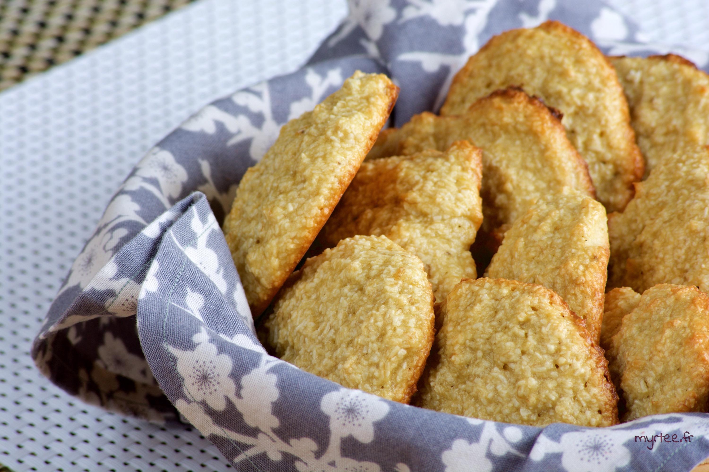 Des biscuits banane-noix de coco