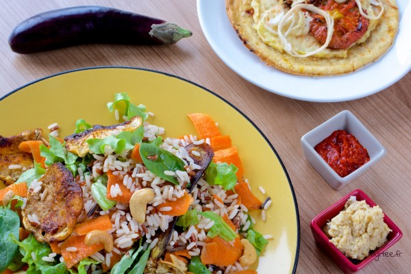 Une salade de riz sauvage (vegan)