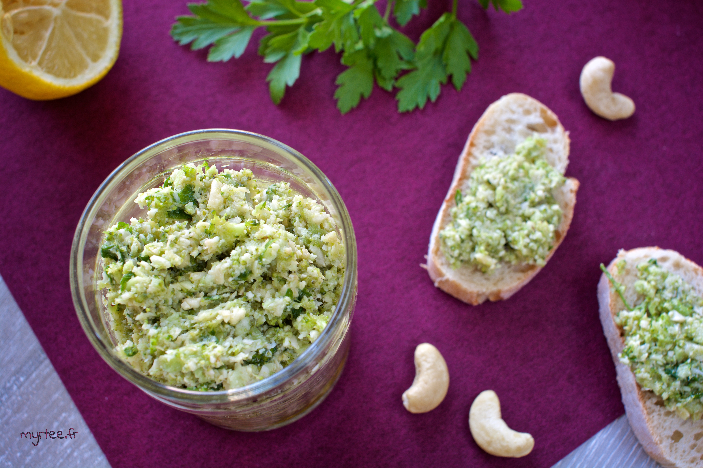 Un pesto de brocoli (vegan)