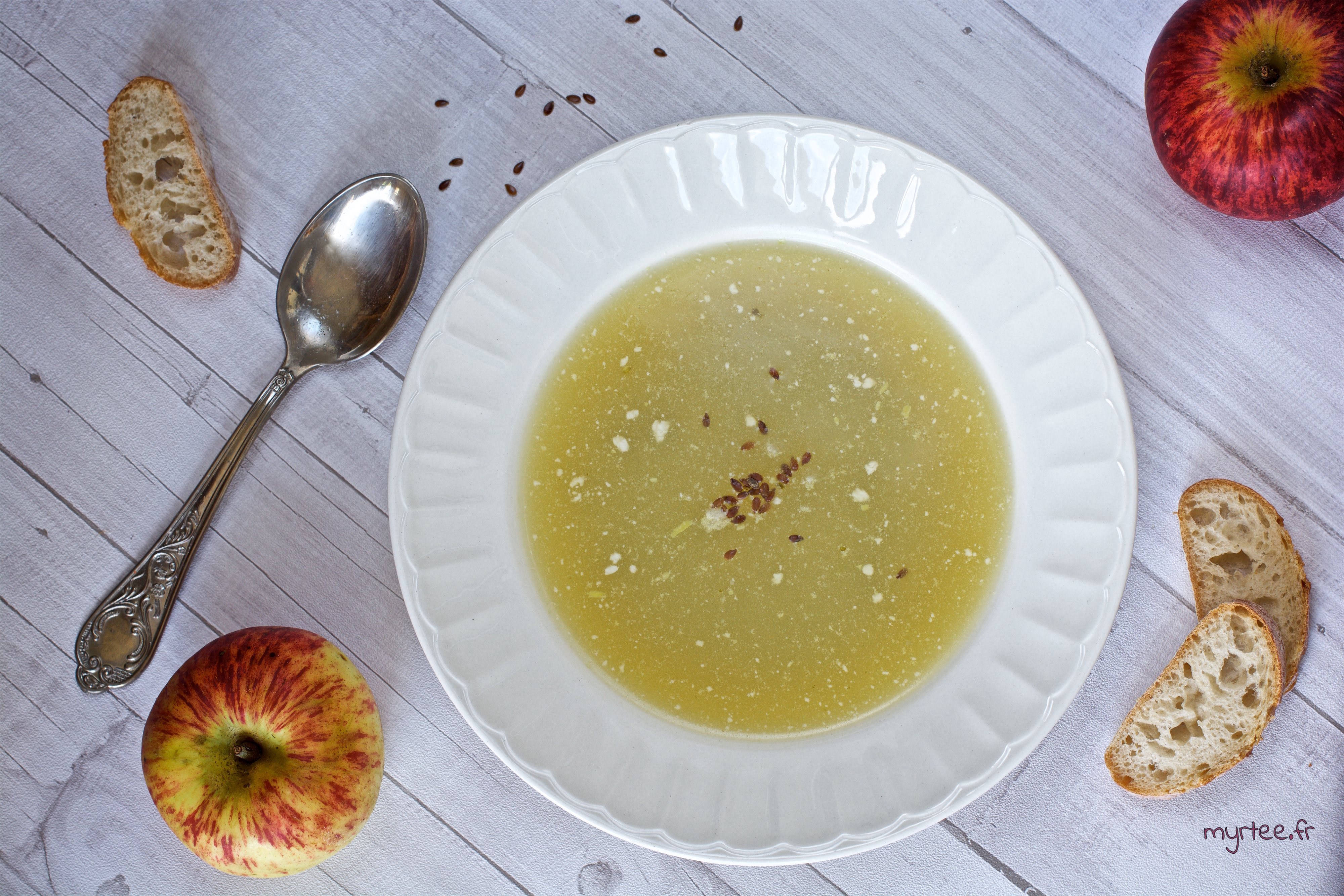 Une soupe au chou à la crème de coco (vegan)