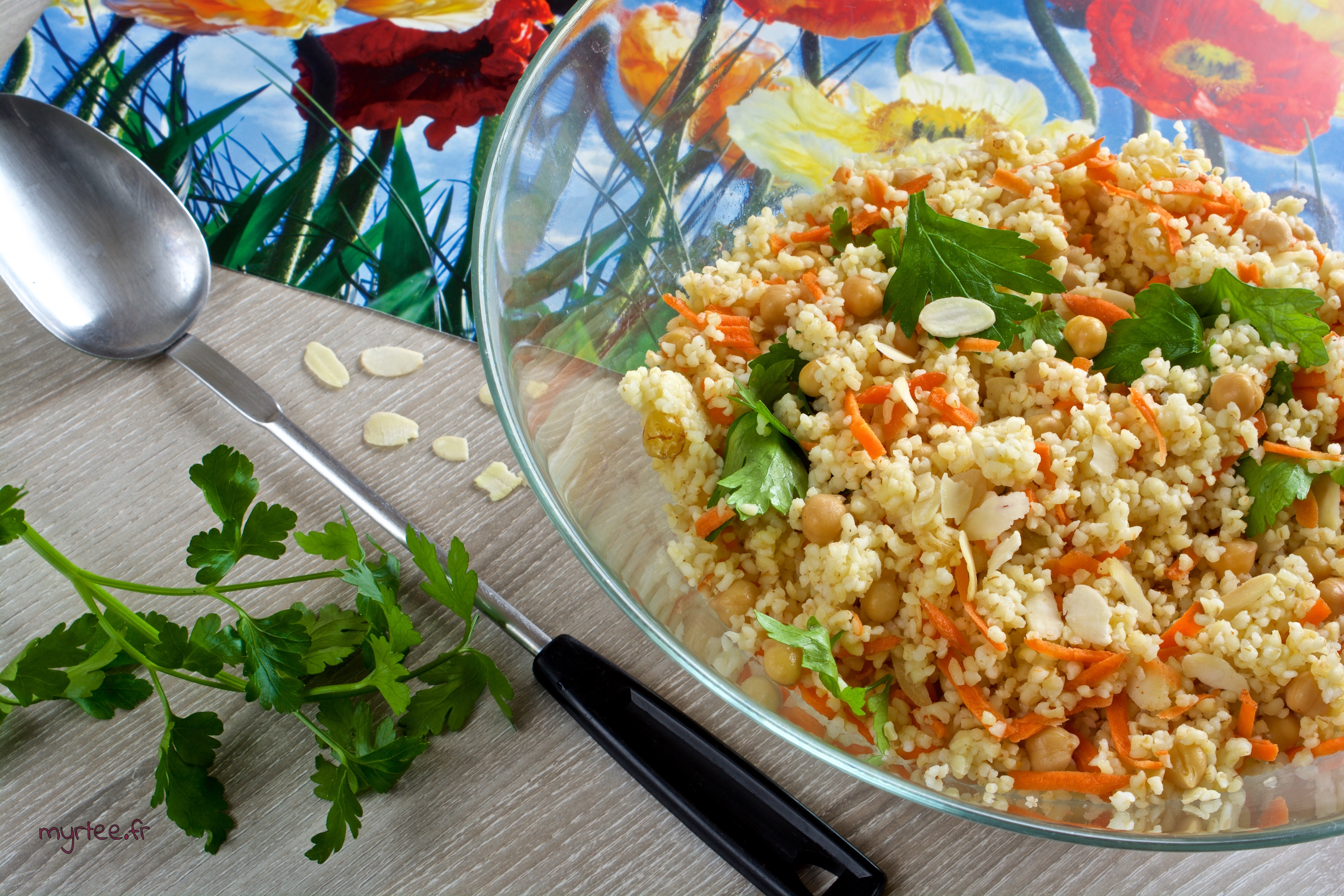 Une salade de boulgour (vegan)