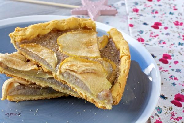 Une tarte aux pommes aux graines de sarrasin (vegan)