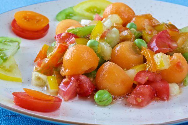 Une salade de tomates anciennes (vegan)